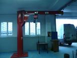 03058380 Żuraw słupowy obrotowy + wciągnik łańcuchowy elektryczny na wózku elektrycznym (udźwig: 1000 kg, długość ramienia: 4000 mm)