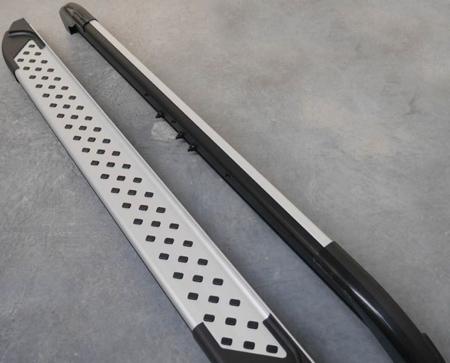 01656027 Stopnie boczne - Kia Sorento 2008-2012 (długość: 171 cm)