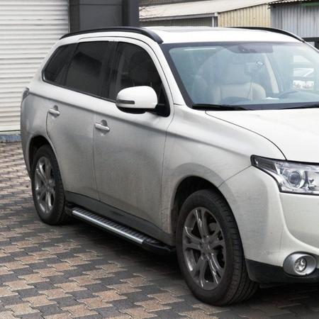 Stopnie boczne - Nissan Pathfinder R51 2005- (długość: 171 cm) 01656053