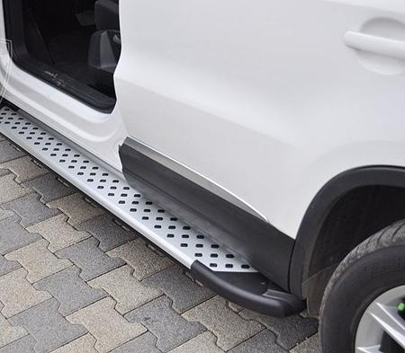 Stopnie boczne - Volkswagen T5 & T6 2015- long (długość: 252 cm) 01656086